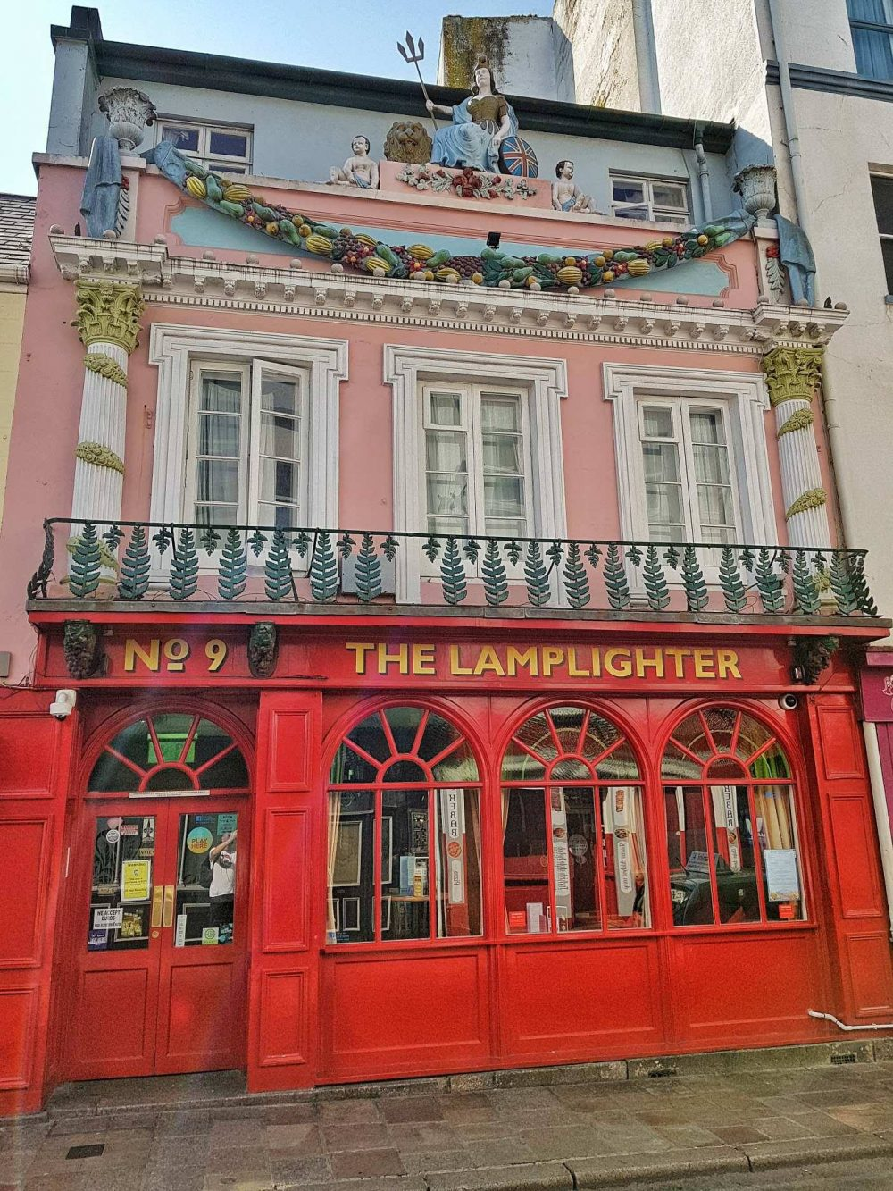 Top 5 bars and pubs in St Helier