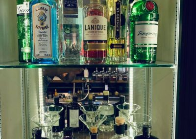 gin rozel bay pub