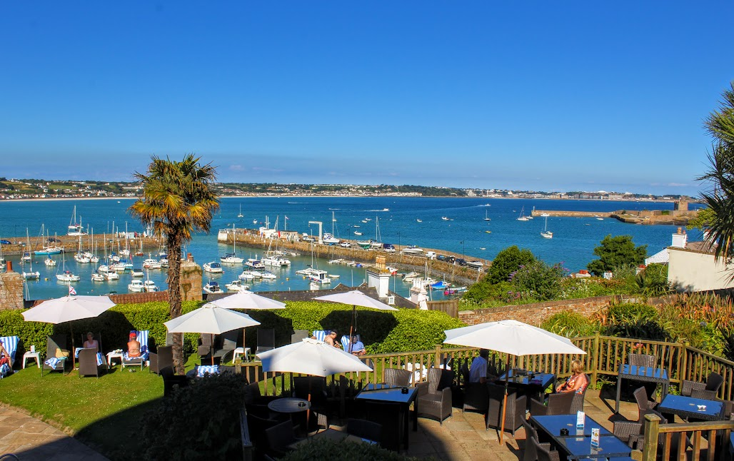 restaurants in Jersey with a view