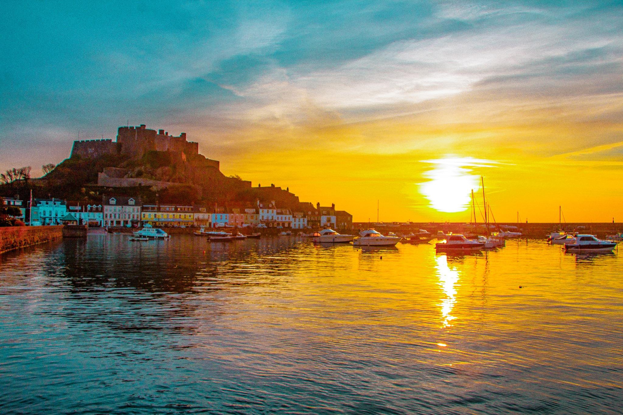 sunrise Gorey harbour